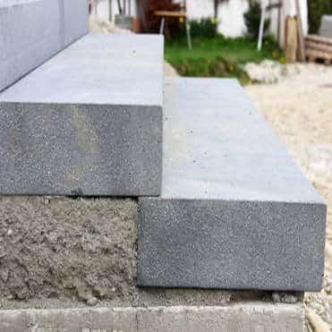 Blockstufen Beton setzen: Anleitung und Tipps