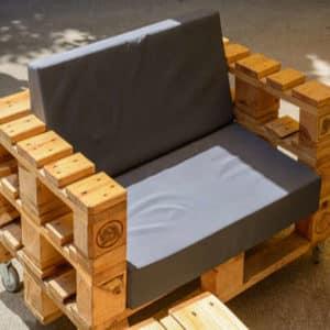 Paletten Sitzecke selber bauen