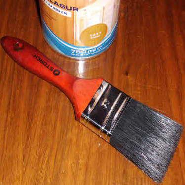 Anleitung: Gelaugtes geöltes Holz lackieren