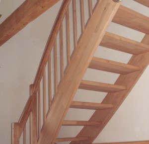 treppen selber bauen bauanleitung und tipps. Black Bedroom Furniture Sets. Home Design Ideas