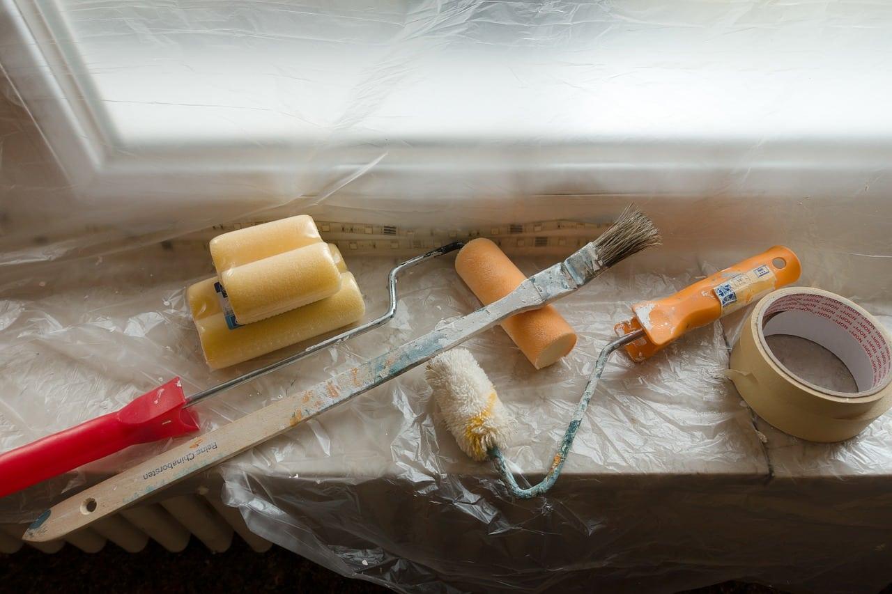 Holzdecke streichen: Werkzeug