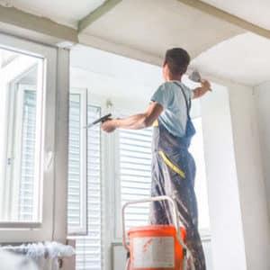 Fensterlaibung verputzen: Anleitung