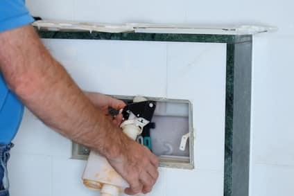 Druckspüler einstellen, reinigen & reparieren