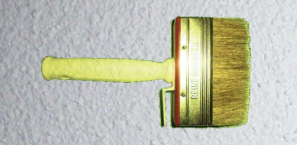 Rollputz: Ecken mit dem Pinsel vorstreichen