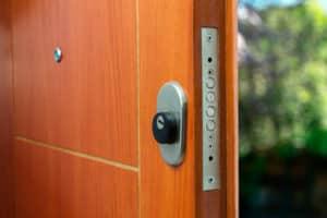 Türschloss selbst wechseln - für einen erfahrenen Heimwerker machbar