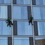 Saubere Fassade - so gelingt die Gebäudereinigung