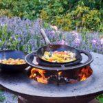 Grill- und Feuermöglichkeiten im Garten schaffen